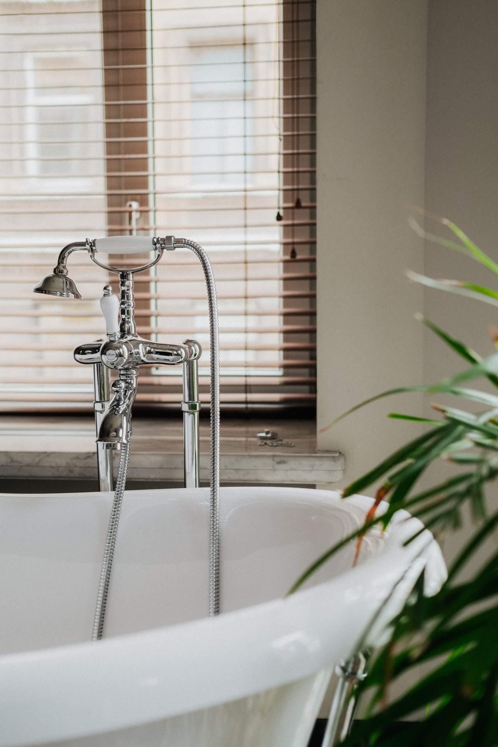 Sunpak Hot Water Sunshine Coast - Hot Water Installation & Service Scaled